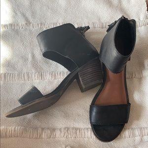 Lucky Brand Bohemian chunky heel sandals